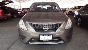 Foto venta Auto Seminuevo Nissan Versa Sense (2018) color Acero precio $215,000
