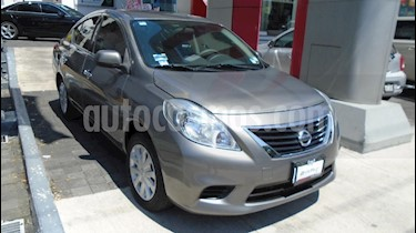 Foto venta Auto Seminuevo Nissan Versa Sense (2014) color Beige precio $135,000