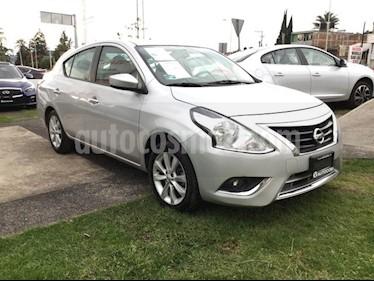 Foto venta Auto Seminuevo Nissan Versa VERSA ADVANCE TA (2017) color Plata precio $180,000