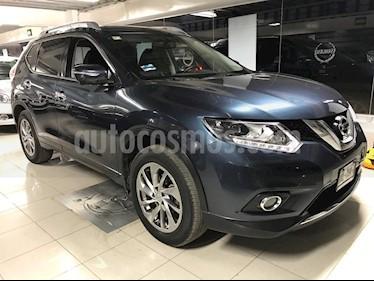 Foto venta Auto Seminuevo Nissan X-Trail Exclusive 2 Row (2016) color Azul Metalico