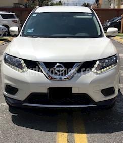 Foto venta Auto usado Nissan X-Trail Sense 2 Row (2017) color Blanco precio $295,000