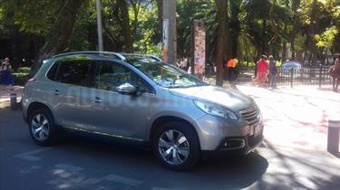 Foto venta Auto Usado Peugeot 2008 1.6L (2014) color Gris Artemis precio $137,000