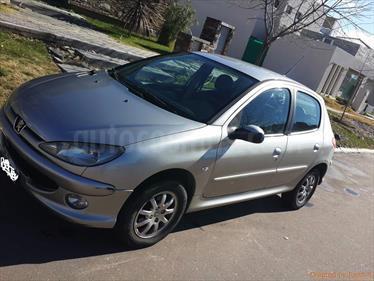 Foto venta Auto Usado Peugeot 206 1.4 X-Line 5P (2008) color Gris Aluminium precio $117.000