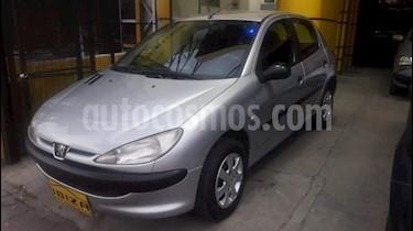 Foto venta Auto Usado Peugeot 206 1.4 XR 5P (2011) color Gris Claro precio $149.000
