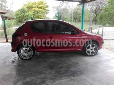 Peugeot 206+ 1.4L usado (2006) color Rojo precio $11.500.000