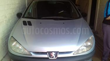 Foto venta Auto Usado Peugeot 206 1.6 XR Premium 5P (2003) color Celeste precio $90.000