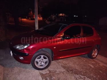 Foto venta Auto Usado Peugeot 206 1.6 XT Premium 5P (2004) color Rojo Carmesin precio $110.000