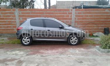 Foto venta Auto Usado Peugeot 206 1.6 XT Premium 5P (1999) color Gris precio $90.000