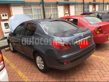 Peugeot 207 Compact Sedan 1.4L XR usado (2009) color Gris Fer precio $17.000.000