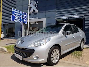 Foto venta Auto Usado Peugeot 207 Compact 1.6 XT 4P (2011) color Gris Claro precio $185.000