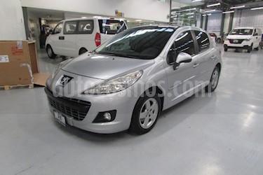 Foto venta Auto Seminuevo Peugeot 207 5P Allure (2013) color Plata precio $127,000