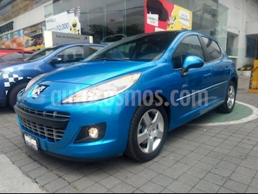 Foto venta Auto Seminuevo Peugeot 207 5P Feline (2013) color Azul precio $135,000