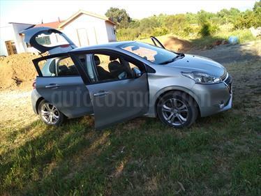 Foto venta Auto Usado Peugeot 208 1.2L Active 5p (2015) color Gris Aluminium precio $7.490.000