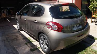 Foto venta Auto Usado Peugeot 208 1.4L Allure e-HDi 5p (2013) color Gris Space precio $6.950.000