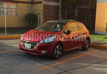 Foto venta Auto Usado Peugeot 208 1.6L Feline 3P NAV (2015) color Rojo Rubi precio $160,000