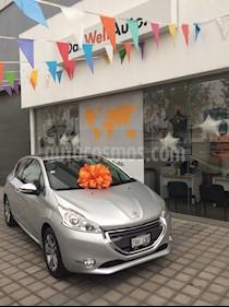 Foto venta Auto Seminuevo Peugeot 208 1.6L Feline 3P NAV (2014) color Gris precio $180,000