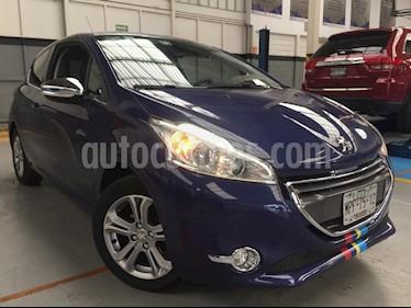 Foto venta Auto Seminuevo Peugeot 208 1.6L Feline 3P  (2014) color Violeta precio $160,000