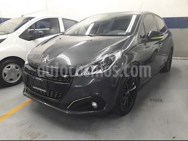 foto Peugeot 208 1.6L HDi Allure