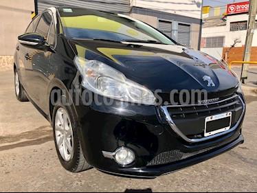 foto Peugeot 208 Allure 1.5 NAV