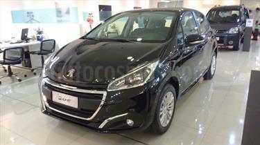 foto Peugeot 208 Allure 1.6 Aut