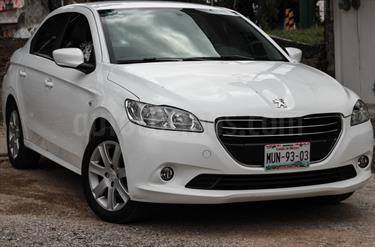 Foto venta Auto Seminuevo Peugeot 301 Allure Aut (2015) color Blanco Banquise precio $137,000
