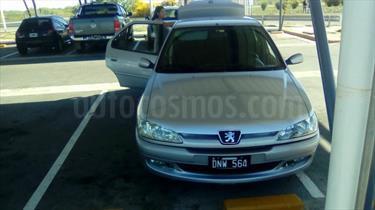 Foto venta Auto Usado Peugeot 306 XT FamilyX 16V 4P Full (2000) color Gris Plata  precio $105.000
