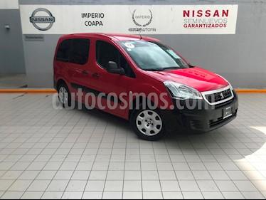 Foto venta Auto Seminuevo Peugeot Partner Tepee 5 pas. (2017) color Rojo precio $225,000