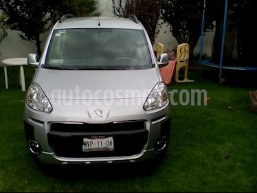 Foto venta Auto usado Peugeot Partner Tepee Outdoor 7 pas. (2015) color Plata precio $269,000