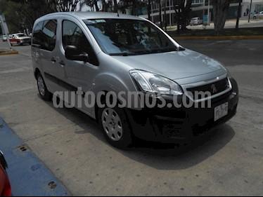 Foto venta Auto Seminuevo Peugeot Partner HDi Maxi (2016) color Plata precio $207,000