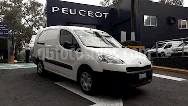 Foto venta Auto Seminuevo Peugeot Partner HDi Maxi (2015) color Blanco precio $189,900