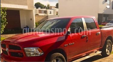 Foto venta Auto Seminuevo RAM RAM Hemi Sport 5.7L 4x4 (2015) color Rojo Flama precio $413,000