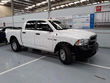 Foto venta Auto Seminuevo RAM RAM SLT 2500 Trabajo 5.7L Aut 4x4 (2016) color Blanco precio $364,000