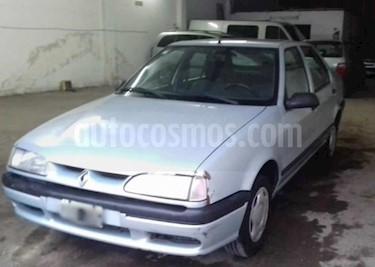 Foto venta Auto Usado Renault 19 Tric RE Ac (2000) color Gris Claro precio $90.000