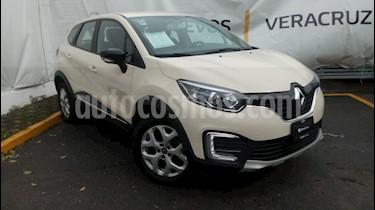 Foto venta Auto Seminuevo Renault Captur Intens (2018) color Beige precio $278,000