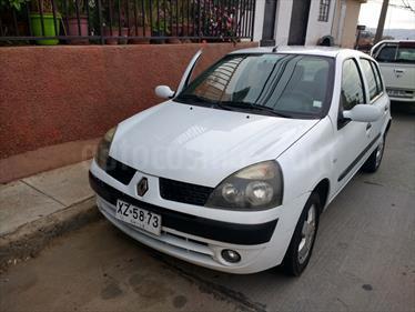 Foto venta Auto usado Renault Clio ll 5 Puertas 1.6 16V Privilege ABS Mec 5P NEW (2005) color Blanco precio $2.100.000