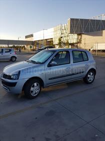 Foto venta Auto usado Renault Clio ll 5 Puertas 1.6 16V Privilege ABS Mec 5P NEW (2006) color Gris Iceberg precio $2.800.000