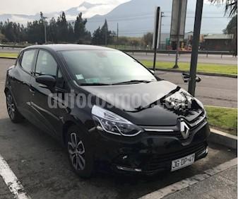 Renault Clio 1.2L Expression usado (2017) color Negro precio $8.100.000