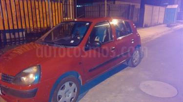 Foto venta Auto usado Renault Clio 1.6 RN 16V 5P  (2004) color Rojo Vivo precio $2.350.000