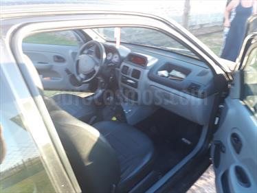 Foto Renault Clio 3P 1.2 Base