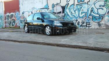Foto Renault Clio 3P 1.2 Bic Authentique