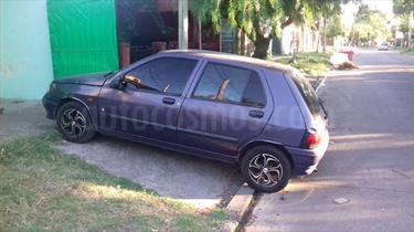 Foto venta Auto Usado Renault Clio 5P RT (1995) color Violeta precio $52.000