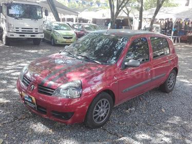 Renault Clio Campus  usado (2015) color Rojo Fuego precio $25.000.000