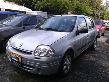 Foto Renault Clio Clio RT usado (2003) color Gris precio $12.800.000