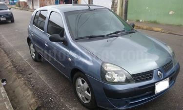 Foto venta carro usado Renault Clio RT (2005) color Azul precio u$s1.500