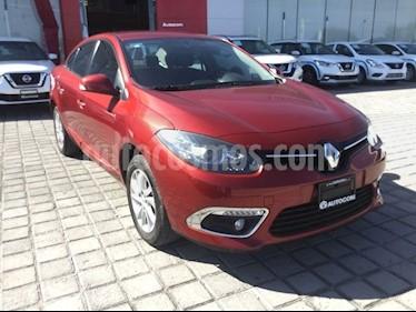 Foto venta Auto Seminuevo Renault Fluence Expression (2017) color Rojo Magma precio $200,000