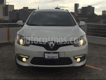 Foto venta Auto Seminuevo Renault Fluence Privilege CVT (2017) color Blanco precio $268,000