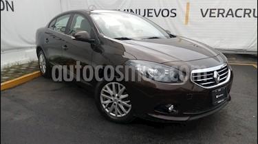 Foto venta Auto Seminuevo Renault Fluence Privilege (2014) color Cafe precio $160,000