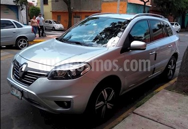 Foto venta Auto Seminuevo Renault Koleos Bose (2016) color Plata precio $260,000