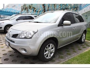 Foto venta Auto Seminuevo Renault Koleos Dynamique Aut (2011) color Plata precio $145,000