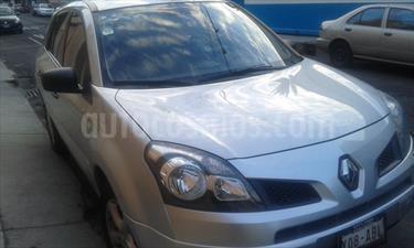 Foto venta Auto Seminuevo Renault Koleos Expression (2011) color Plata Ultra precio $139,000